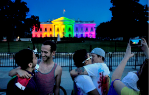 Obama White House lights up to celebrate gay marriage - Copy